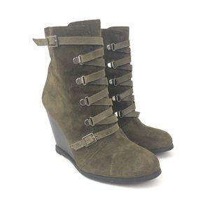 BCBGeneration 7.5 Green Kadeer Wedge Ankle Boots